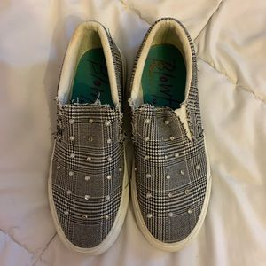 Studded Canvas Shoe